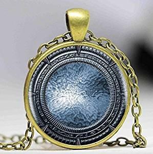 Stargate Halskette mit Anhänger, handgefertigt, Vintage-Stil, Damenschmuck