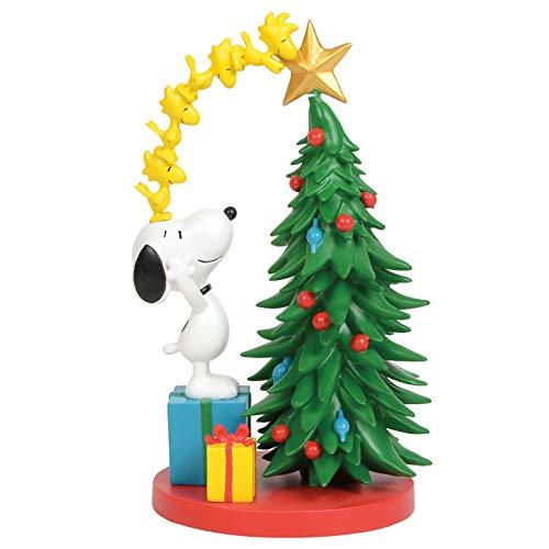 Department 56 6011084 Peanuts Decorating The Tree Figurine, 7.5 Inch, Multicolor