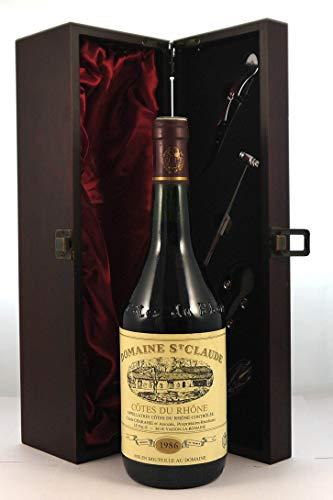 Cotes du Rhone 1986 Domaine St Claude en una caja de regalo forrada de seda con cuatro accesorios de vino, 1 x 750ml
