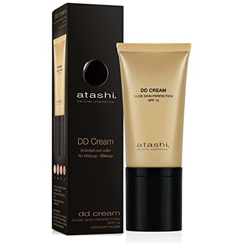 Atashi DD Cream Antiedad | Tratamiento Antiedad con Color | No Makeup - Makeup | Atenúa las Manchas y Minimiza los Poros | Rejuvenece la Piel|Gardenia Jasminoide | Retinol | Tono Medio | SPF15 - 50 ml