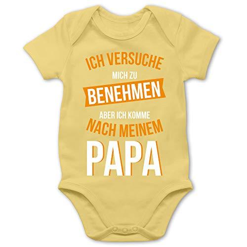 Shirtracer Sprüche Baby - Ich versuche Mich zu benehmen Papa orange - 3/6 Monate - Hellgelb - Baby 0-3 Monate - BZ10 - Baby Body Kurzarm für Jungen und Mädchen