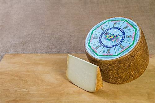 3.2 kg - Giglio Sardo Biologico, Argiolas. Formaggio pecorino semistagionato prodotto da Argiolas Formaggi a Dolianova, Sardegna