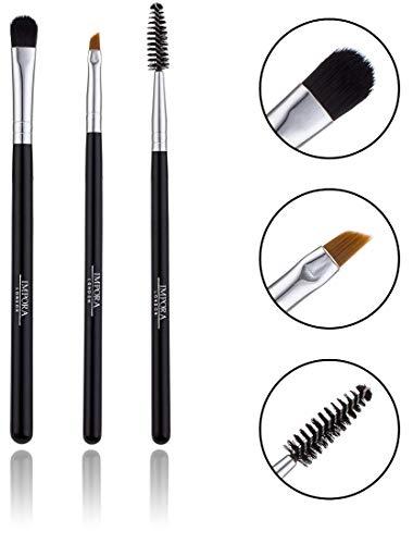 Set di pennelli per sopracciglia. Include pennello per sopracciglia inclinato, spoolie e pennello per piccoli shader per l'applicazione di evidenziatore per sopracciglia.