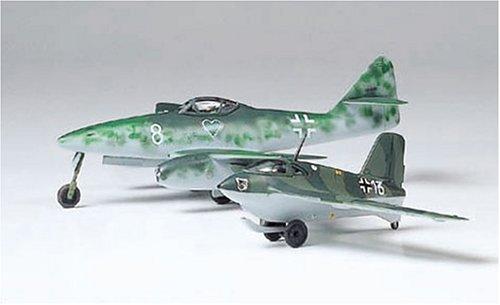 タミヤ 1/100 コンバットプレーンシリーズ ドイツ空軍 メッサーシュミット Me262A & Me163B プラモデル 61604