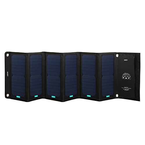 AUKEY Solar Ladegerät 42W mit 4 Ports, 5V 2.4A Max pro Ausgang für iPhone 7, iPad, Kindle, Lautsprecher, faltbares Ladegerät  für Aktivitäten im Freien wie Camping, Wandern