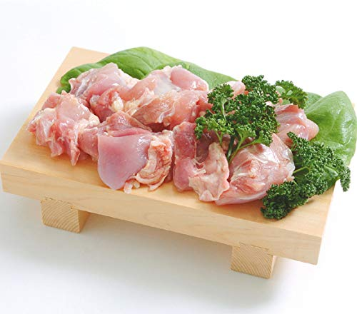 四季鶏 鶏もも肉 30-40gカット 2kg(タイ産) (pr)(03282)とうもろこしや大豆粕、植物性油脂など植物由来の原料を中心とした配合飼料で飼育