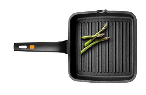 BRA A271428 Efficient - Grill Asador con Rayas, Aluminio Fundido con Antiadherente Platinum Plus, Apto para Todo Tipo de Cocinas Incluido Inducción, Libre de PFOA, Negro, 28 x 28 cm