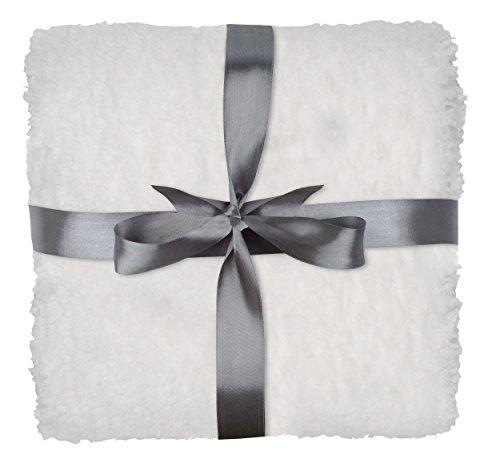 daydream Kuscheldecke Lambie in weiß, 150x200 cm, für Frauen & Männer, für Sofa, Sessel & Bett, weiche flauschige Wohndecke Sofadecke Reisedecke Decke K-8000