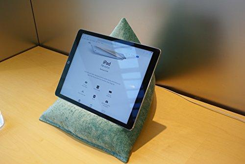 Edge Beanbags Techbed Maxi iPad PRO da 12,9', Tablet di Grandi Dimensioni, eBook Reader e Book Stand Cuscino di Supporto per Borsa di Fagioli per Tutti i dispositivi Fino a 12,9' (Turchese)