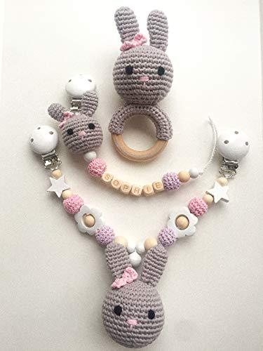Set aus mit Namen personalisierbarer Schnullerkette, Kinderwagenkette und Rassel für Babys, mit gehäkelten Perlen/Tieren (Mit Personalisierung - Mädchen)