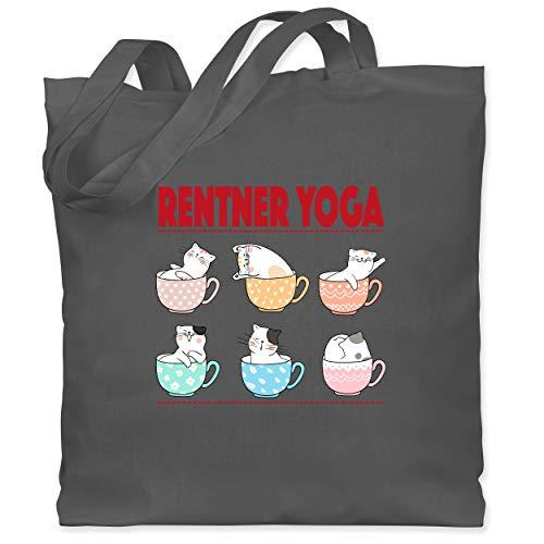 Shirtracer Statement - Rentner Yoga Katzen in Tassen - Unisize - Dunkelgrau - geschenk rentenbeginn frau - WM101 - Stoffbeutel aus Baumwolle Jutebeutel lange Henkel