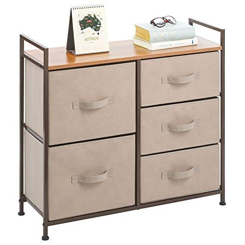 mDesign Cajonera de metal, tela y MDF con 5 cajones – Ancha cómoda para dormitorio, sala de estar o pasillo – Mueble organizador para ropa – marrón oscuro
