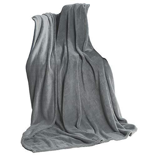 CelinaTex TV-Decke Kuscheldecke 150 x 200 cm Silber grau Coral Fleece Tagesdecke Mikrofaser Sofadecke Überwurf