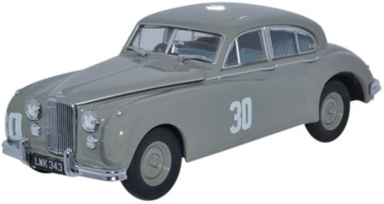 Oxford Diecast JAGVII007 Jaguar MkVII 1952 Silverstone S Moss by Oxford Diecast