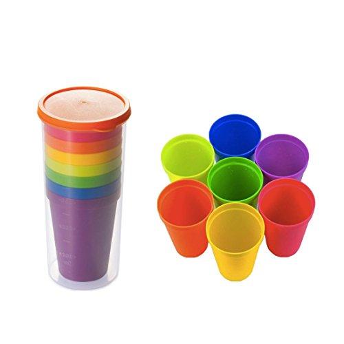 Xrten Vasos de Plástico Juego de Vasos Colores, Duros, Reutilizables, Resistencia al Calor, 7vasos de plástico de Colores (200 ml) y 1 Botella de Agua (600 ml)