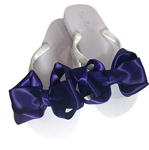 Bow Flip Flops Schwarze Satin, flache Sandalen für Damen., Violett (Weiße Flip-Flops mit violetten Schleifen), 39 EU