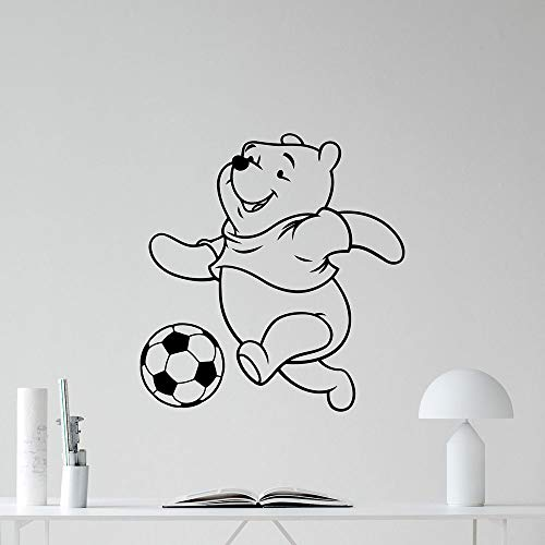 Winnie l'ourson décalque Winnie l'ourson pour les chambres d'enfants jouer au football affiche football chambre autocollant
