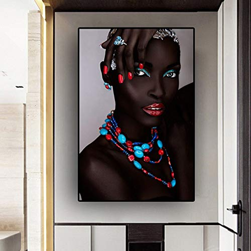 KWzEQ Black African Woman Lips and Nails Arte escandinavo