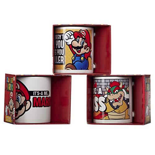 Retro Mario Tasse, 313 ml, offizielles Getränketasse, in Geschenkbox, 3 verschiedene Farben – 1 zufällig ausgewählt. Ideal als Bürogeschenk, Geburtstagsgeschenk, Strumpffüller.