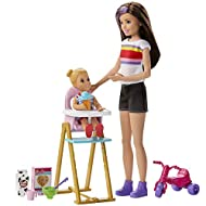 Play out classic babysitting moments with this feeding-themed Barbie Skipper Babysitters Inc; playset that feeds kids imaginations with a fun feature This toddler doll can feed herself with a little help from kids, they just move the lever in her b...