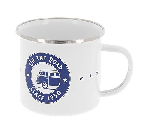 BRISA VW Collection - Volkswagen T1 Bulli Bus Emaille-Kaffee-Tee-Tasse-Becher für Küche, Outdoor - Camping-Zubehör/Geschenk-Idee/Souvenir (Motiv: On The Road Since 1950/emailliert/Weiß/Blau)