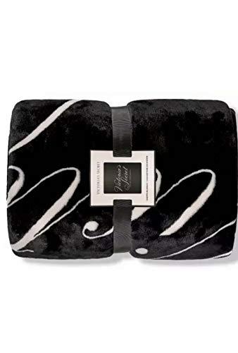 VictoriasSecret. Sherpa Blanket Throw Super Soft Black/Pink