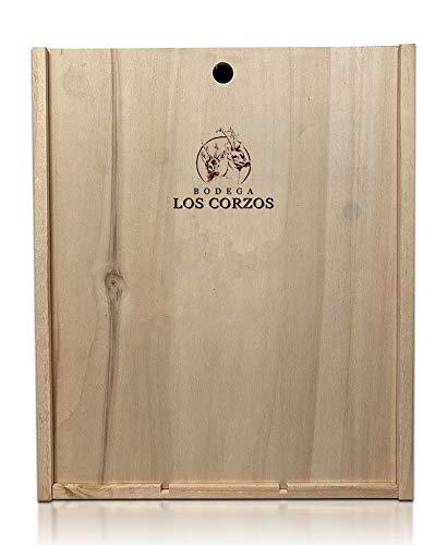 Caja de Madera Personalizada grabada en laser incluye 3 Botellas de Vino Tinto Bodega Los Corzos para Regalo, Cumpleaños, Aniversario, Celebración.