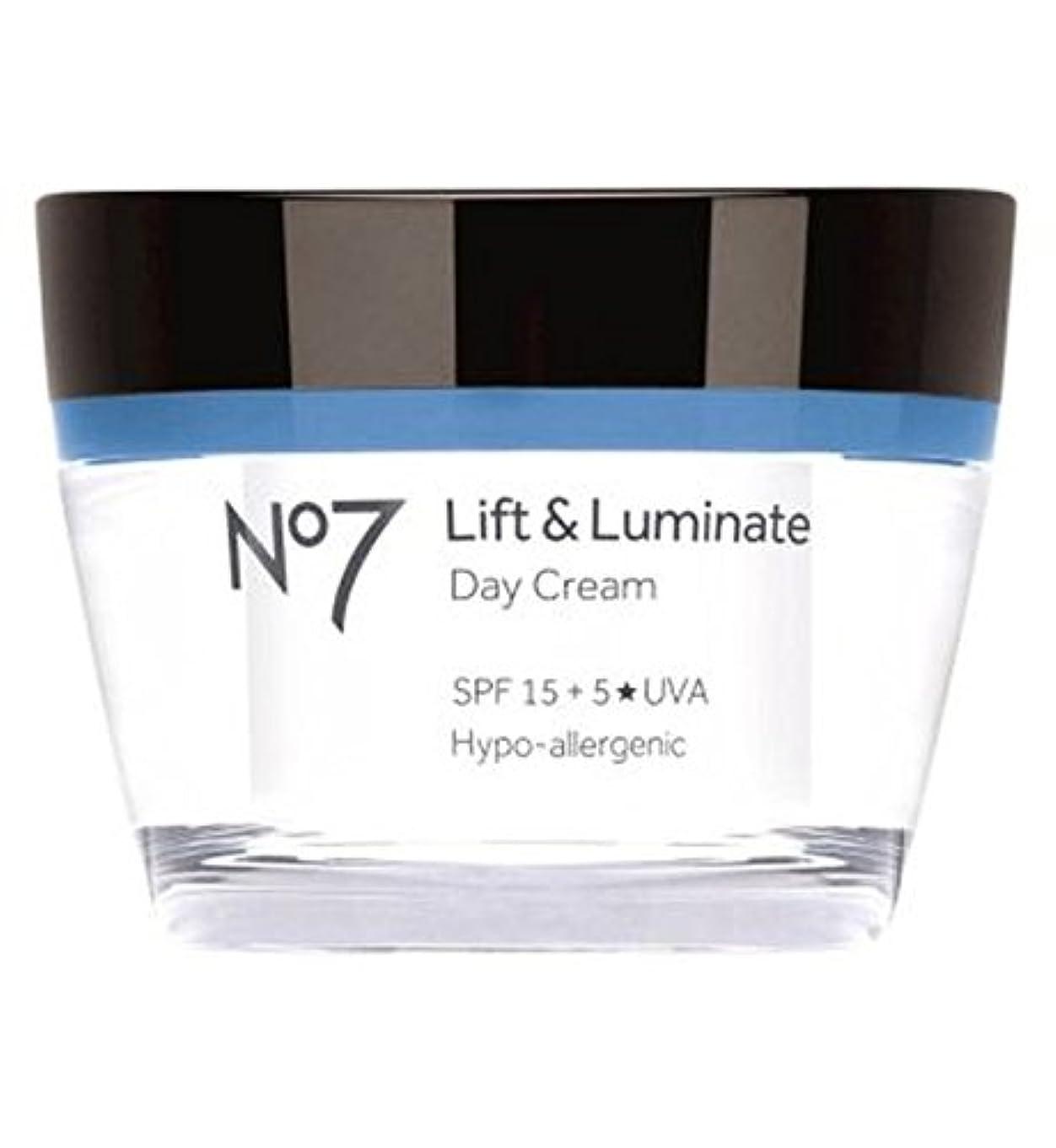 飢え飢えアウトドアNo7リフト&LuminateデイクリームSpf 15 (No7) (x2) - No7 Lift & Luminate Day Cream SPF 15 (Pack of 2) [並行輸入品]