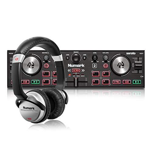 Numark DJ2GO2 Touch + HF125 – Console DJ compatta con 2 deck per Serato DJ, con mixer crossfader, scheda audio e cuffie per DJ