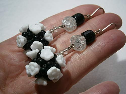 Ohrringe schwarz weiß handgemachte große Blütenkugel