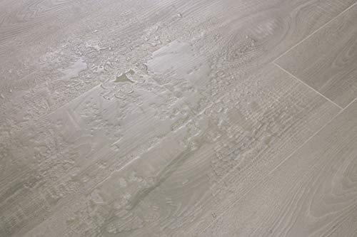 EGGER Home Aqua+ Laminat grau Holzoptik - Toscolano Eiche grau EHL099 (8mm, 1,994 m²) Laminatboden wasserfest - Feuchtraum geeignet