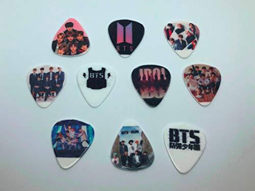 BTS Gitarrenplektren (10 Plektren / 10 verschiedene Designs)