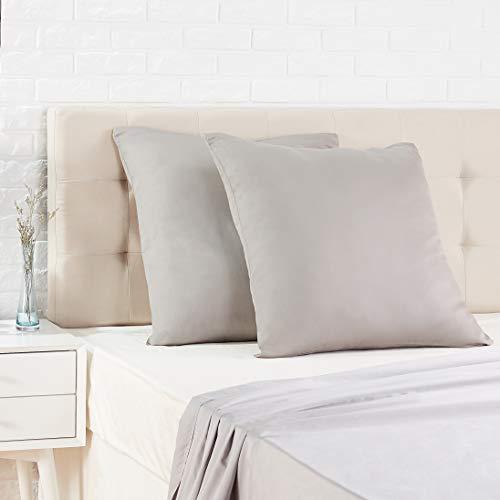 Amazon Basics - Funda de almohada de satén - 65 x 65 cm x 2, Gris oscuro