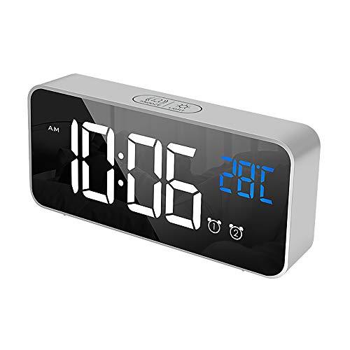 IKEAN Reloj Despertador Espejo Digital Pantalla LED HD Reloj eléctrico Carga USB Snooze Luz Nocturna LED Humedad Música Niños Viajes Relojes despertadores de cabecera(Silver)