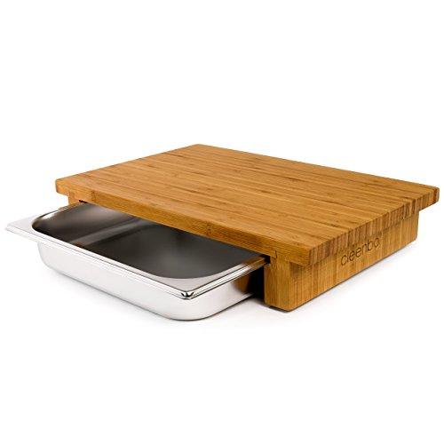 cleenbo® Schneidbrett mit Auffangschale Classic Bamboo GN Profi Holz Küchenbrett aus geöltem Bambus, Schneidebrett mit Gastro Auffangbehälter (Edelstahl Schublade) Bambusbrett Maße: 43 x 29 x 7,5 cm