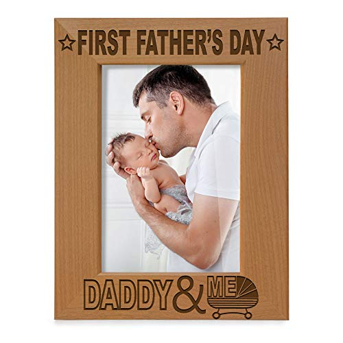 Kate Posh First Father's Day Engraved Natural Wood Picture Frame - Daddy & Me, Happy Father's Day, Daddy Gifts from Daughter & Son, 1st from New Baby, New Dad (4x6-Vertical)