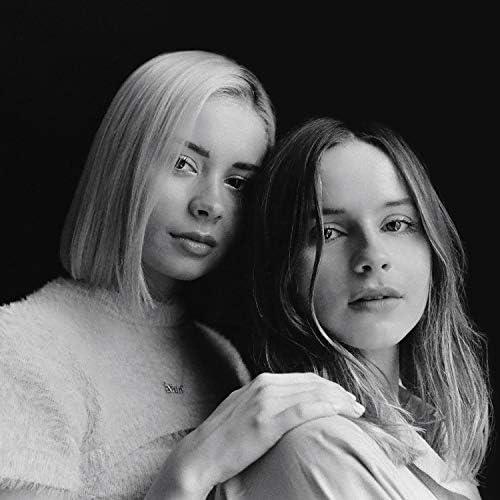 Gabrielle Aplin & Nina Nesbitt