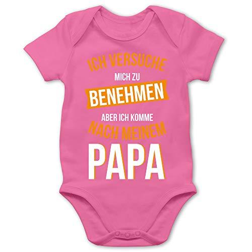 Shirtracer Sprüche Baby - Ich versuche Mich zu benehmen Papa orange - 1/3 Monate - Pink - Baby Strampler Papa - BZ10 - Baby Body Kurzarm für Jungen und Mädchen