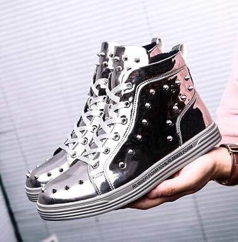 LOVDRAM Chaussures en Cuir pour Hommes Style Britannique en Cuir Verni Rivets Hommes Chaussures Casual Chaussures Hommes Hauts Haut Chaussures De Mode De chaussures Hombre
