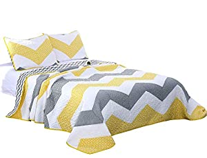 Quilt and Pillow Sham Sets with a Chevron Design