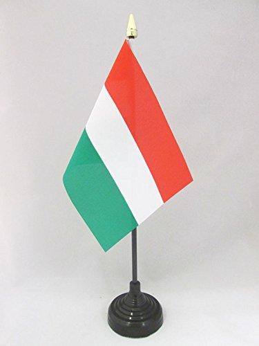 AZ FLAG TISCHFLAGGE UNGARN 15x10cm goldene splitze - UNGARISCHE TISCHFAHNE 10 x 15 cm - flaggen