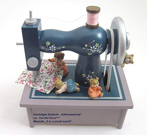 """Spieluhr """"Nähmaschine"""" aus Holz, in einem wunderschönen nostalgischen Design mit vielen kleinen Details, die Teddybären nähen fleißig zur Melodie """"It is a small world"""", ausgezeichnete Klangqualität - 3"""