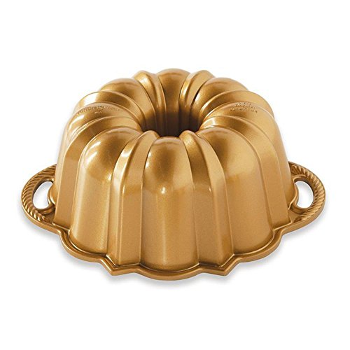 Nordic Ware Original Bundt Pan - 7
