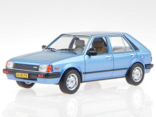 Mazda 323 Hatchback 1982 blau Modellauto WB209 Whitebox 1:43