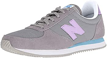 New Balance Women's 220 Sneaker