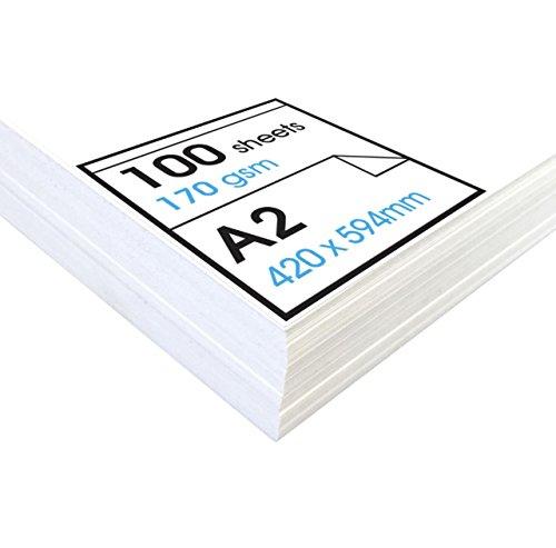 """Papel de dibujo de 170 gsm con una buena """"textura"""" Este papel tiene la textura adecuada (relieve de la superficie) para poder ser utilizado con materiales suaves. Al mismo tiempo, no supone un problema a la hora de realizar obras gráficas más finas. ..."""