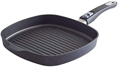 PAMPERED CHEF New model. #2738. NEW DESIGN - NON-STICK GRILL PAN - NON STICK SURFACE