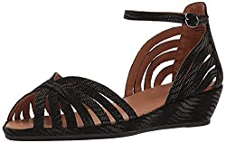 Gentle Souls by Kenneth Cole Women's Leah Wedge Sandal