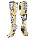 YudoHong Calcetines de deporte para hombre, color amarillo, unisex, antideslizantes, calcetines largos, para entrenamiento
