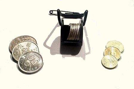 Accessoire de Magie - Chargeur de pièces à balancier